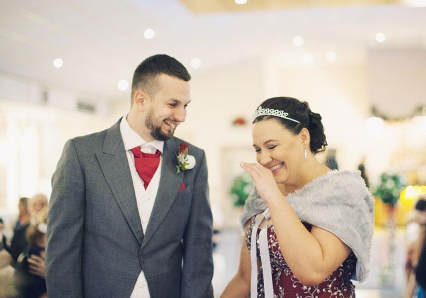 Lorna & Akram ♡ The Fairway Pub, Barnsley Wedding