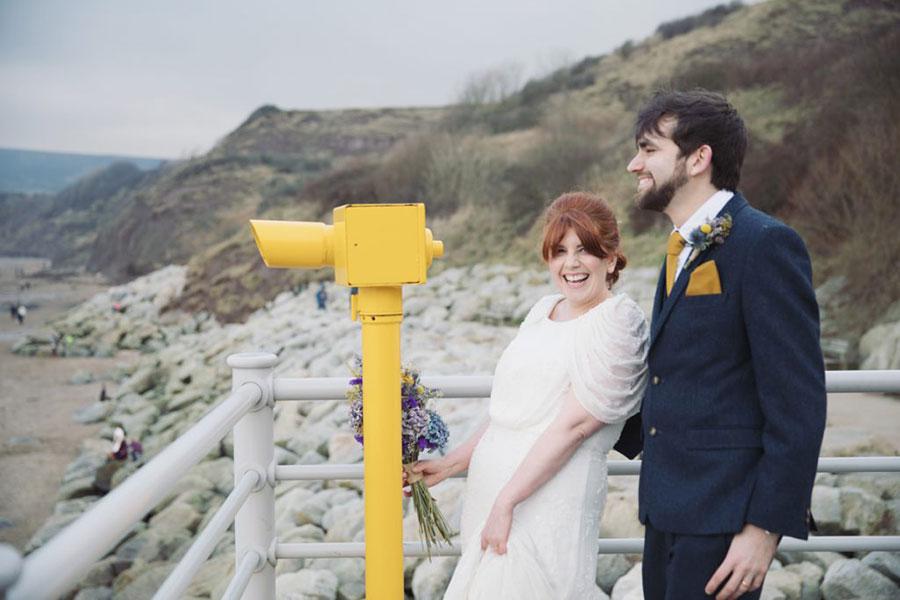 Robin Hoods Bay seaside wedding | Scarborough English seaside | Bride & groom shoot | Natural wedding photography | Vintage bride look