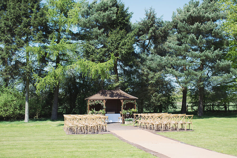 A photograph at York wedding venue Villa Farm with natural wedding photography a nice outdoor garden wedding