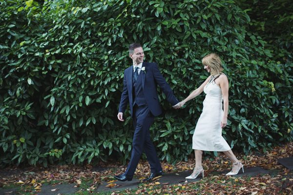 York registry office wedding venue with short 1 hour of natural photography by female South Yorkshire family wedding