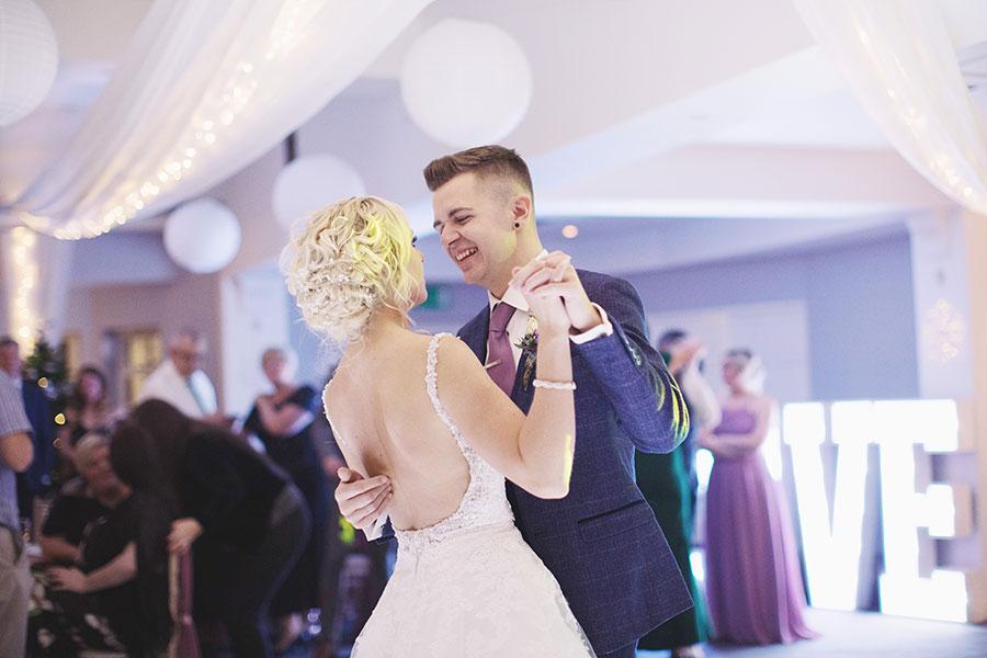 Makeney Hall Hotel wedding | Belper wedding | Derbyshire wedding | Natural wedding photography | Winter wedding | Sasha Lee Photography |