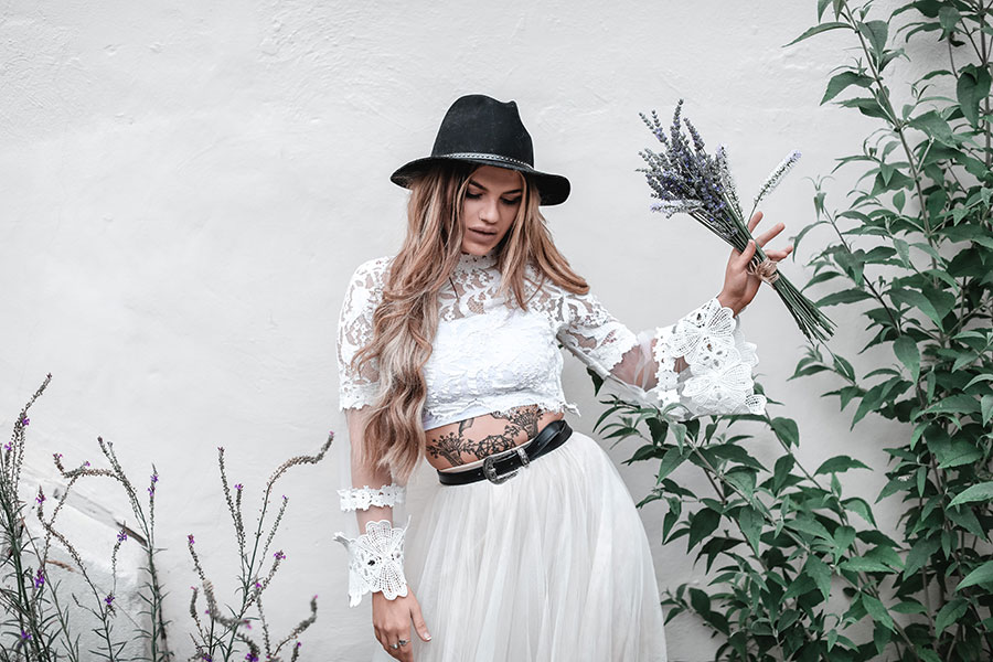 Boho bridal style inspo | Gorgeous boho style bride | Bohemian alternative bridal inspiration | Bride in two piece with hat boots and skirt | Sheffield natural wedding photography | Kelham Island | Charley Darwent | Tattooed rock n roll bride | Sasha Lee Photography