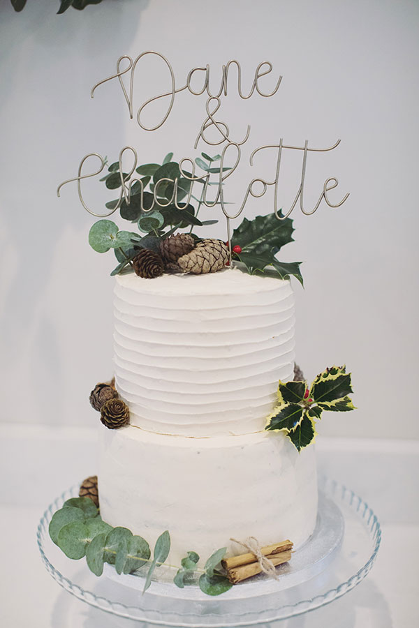 Alternative wedding cake ideas | Alternative wedding cake inspo inspiration | Winter wedding cake