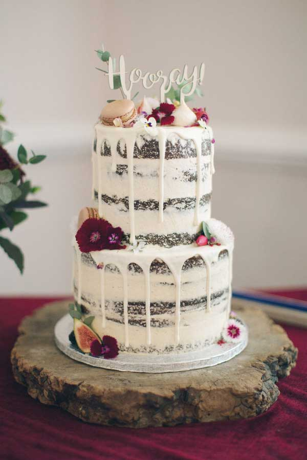 Alternative wedding cake ideas | Alternative wedding cake inspo inspiration | Semi naked wedding cake