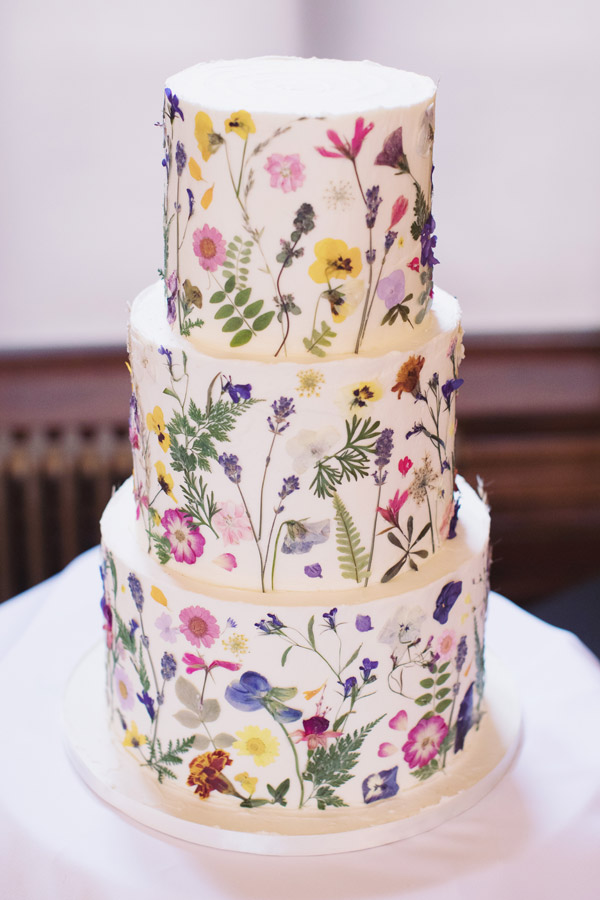 Alternative wedding cake ideas | Alternative wedding cake inspo inspiration | Pressed flowers