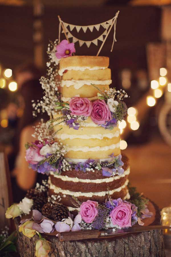 Alternative wedding cake ideas | Alternative wedding cake inspo inspiration | Naked wedding cake