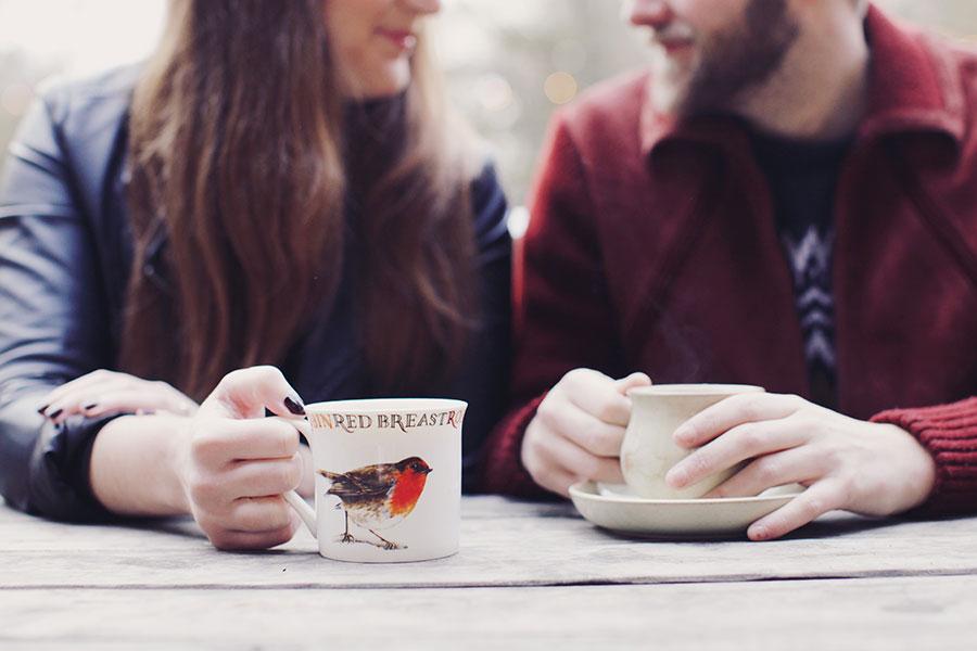 Fun Engagement Shoot Ideas | Cafe